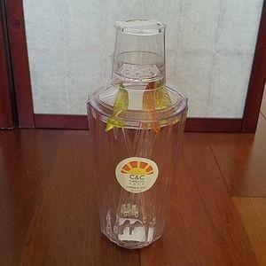 NWT C&C California Home plastic shaker set